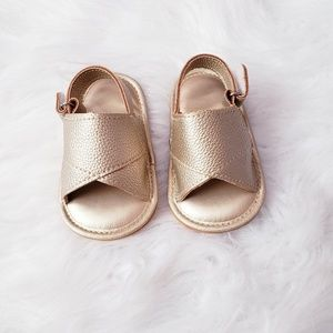 Other - NEW Baby girl gold sandals